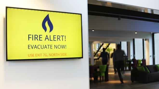 digital_signage_alert